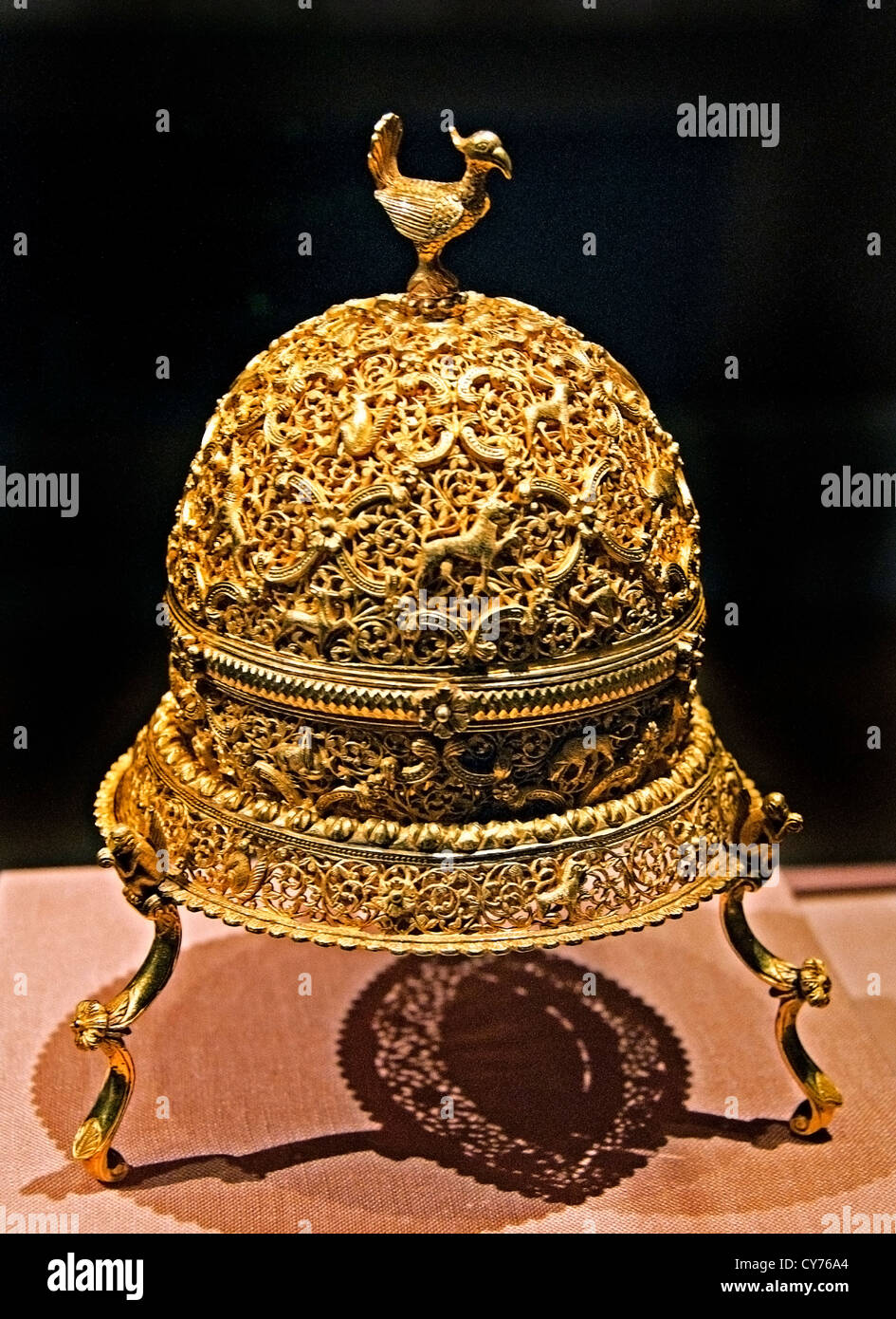 Goa Stone and Gold Case late 17th–early 18th century  India gold container pierced repoussé with cast legs and finials Stock Photo