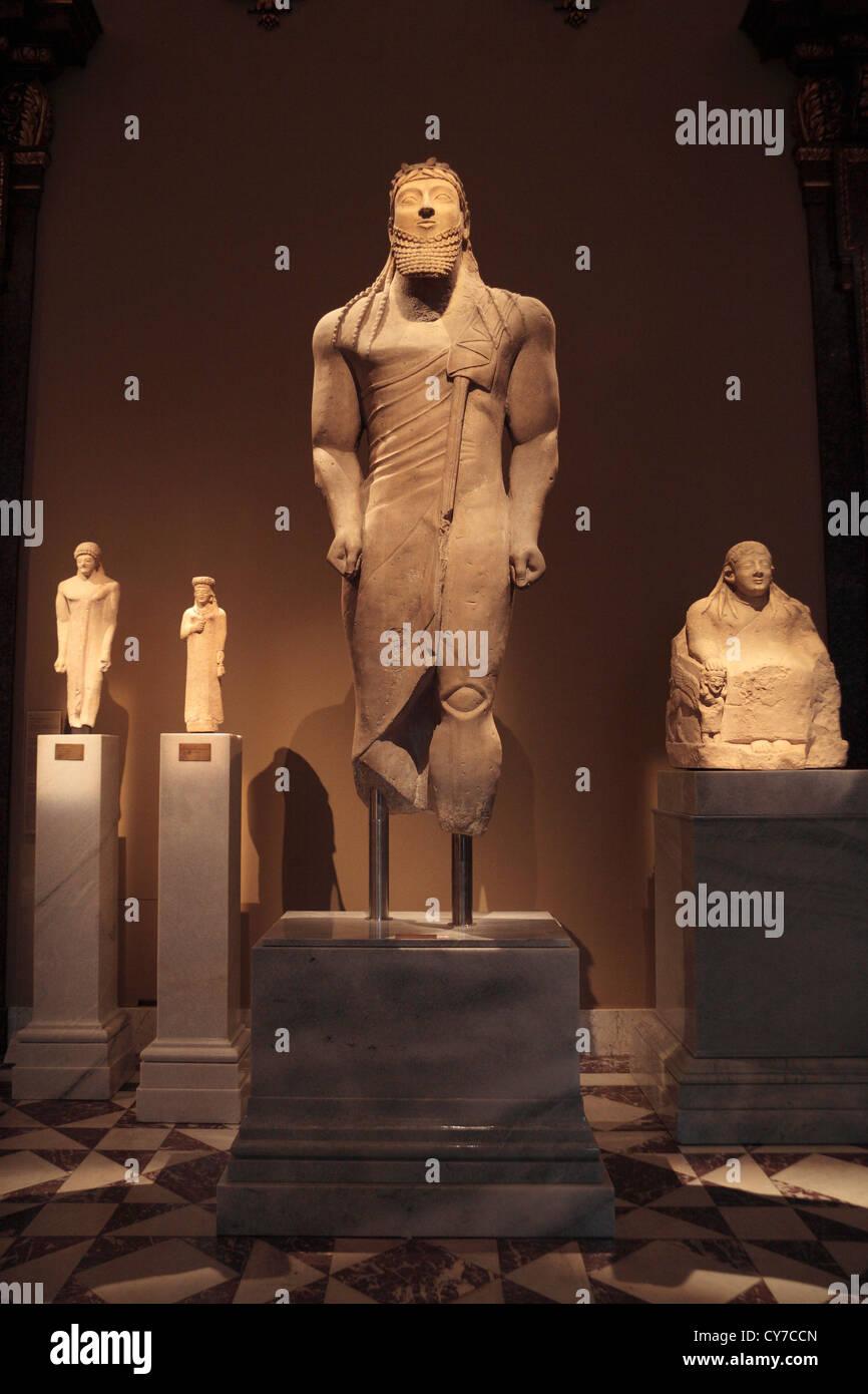 Votivstatue eines Mannes, a Cypriot and Mycenaean sculpture in the Kunsthistorisches Museum in Vienna, Austria. - Stock Image