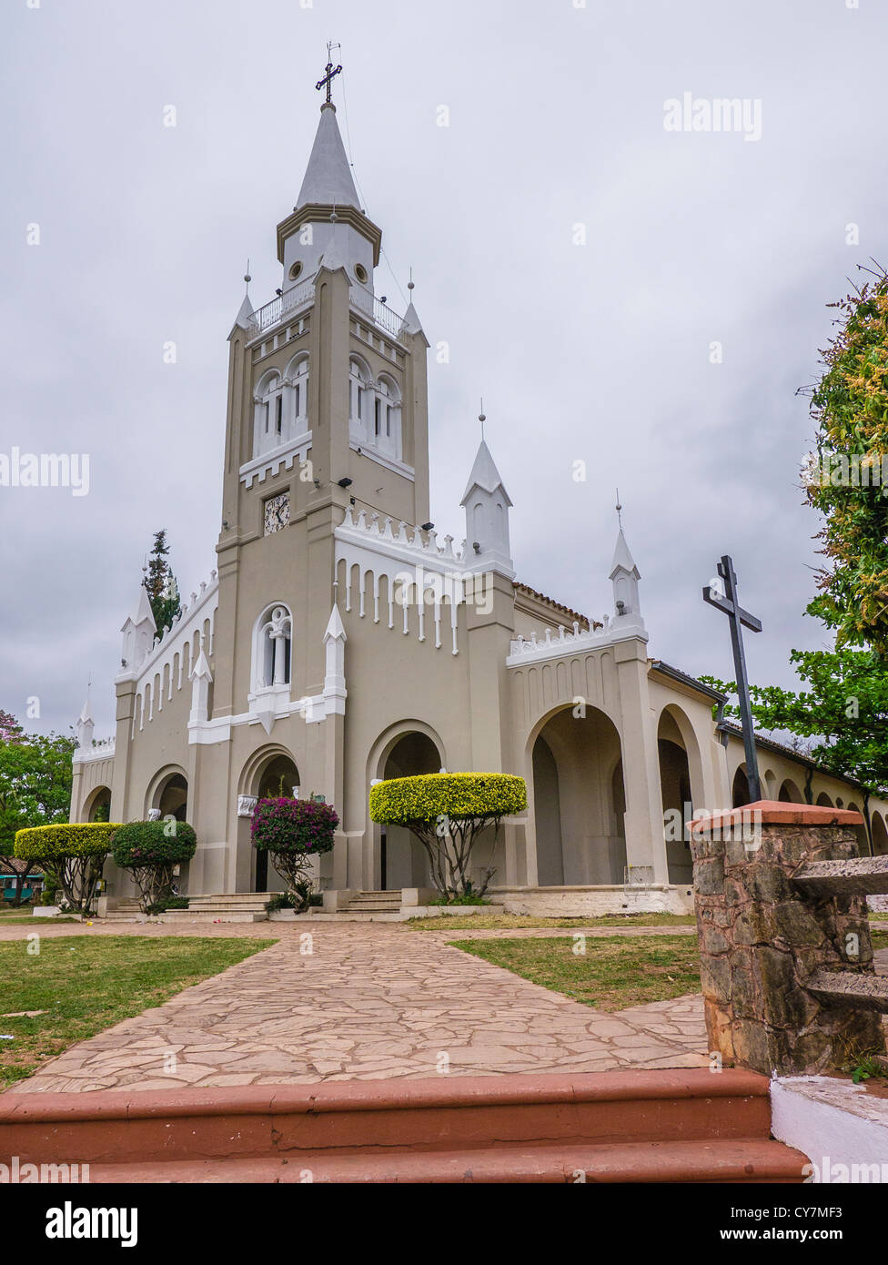 A view of the front from a 45 degree angle of the Nuestra Señora de la Candelaria church in Areguá, Paraguay, South Stock Photo