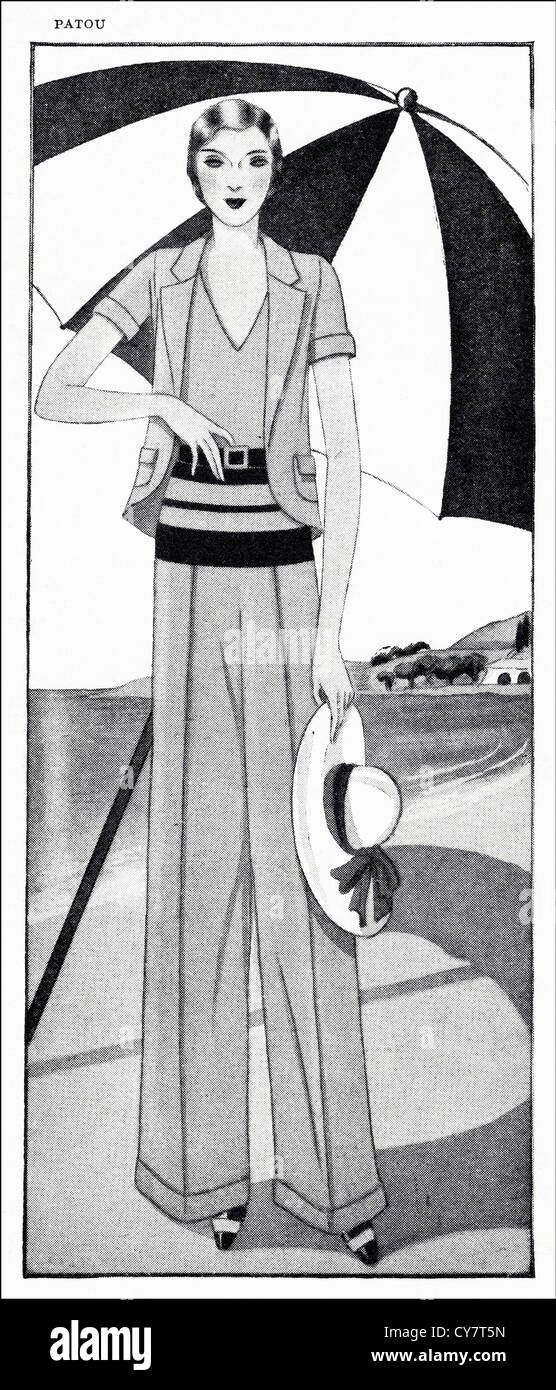 Original 1930s magazine illustration of Paris summer fashion. Short-sleeved coat and wide trousers in beige frisca - Stock Image