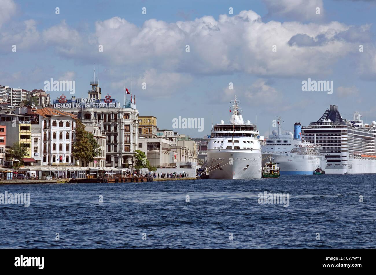 Istanbul Cruise Port, Galata, Europe shore, Bosphorus, Turkey - Stock Image