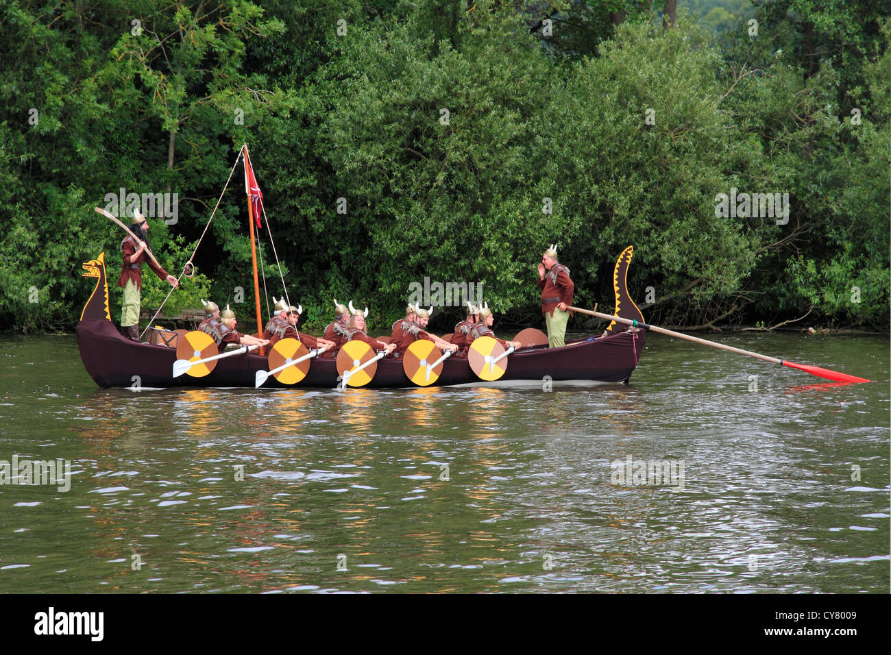 England Buckinghamshire, 'viking' boat on river Thames - Stock Image