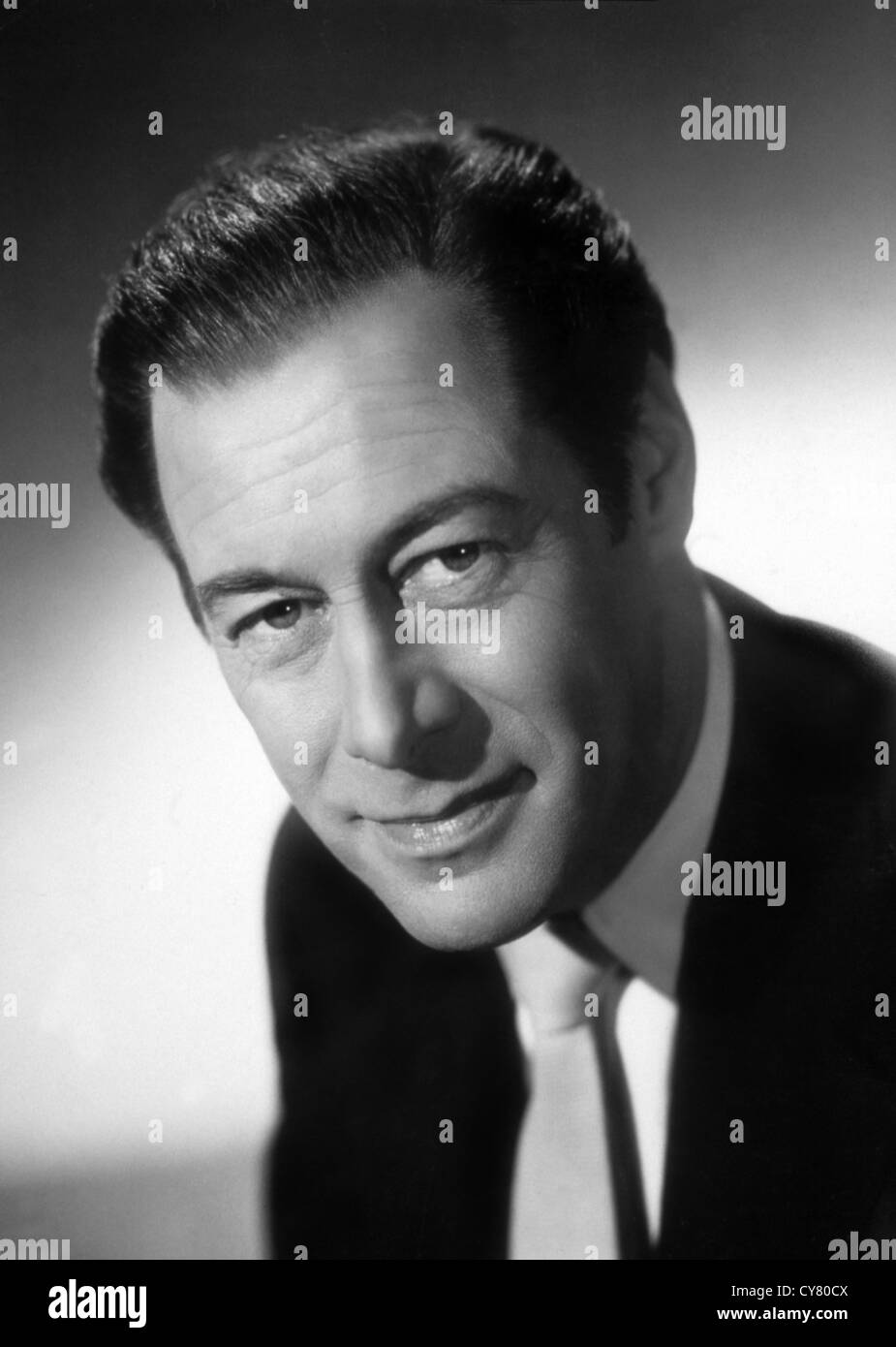 REX HARRISON, SIR (PORTRAIT) RXHS 001 MOVIESTORE COLLECTION LTD - Stock Image