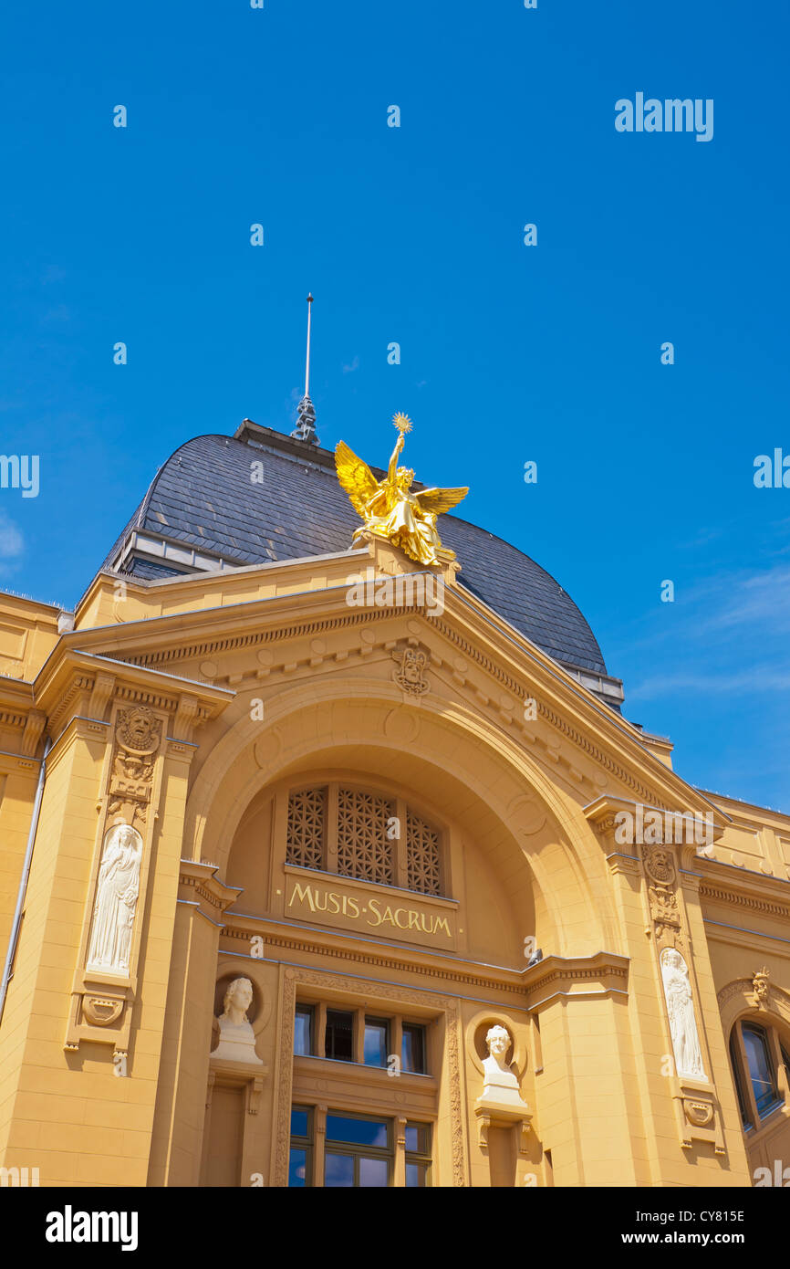 THEATRE BUILDING IN GERA, THURINGIA, GERMANY - Stock Image