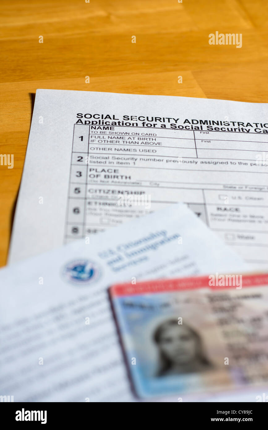 Social And Permit Photo Stock Security Uscis Alamy Work Form - Administration 51199636