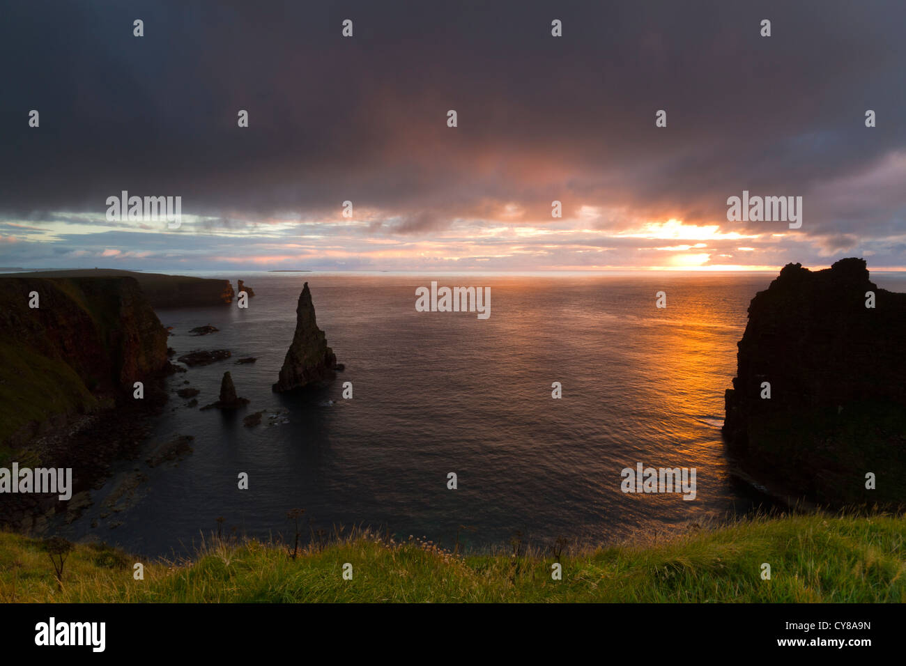 Sunrise at Duncansby Head - Stock Image
