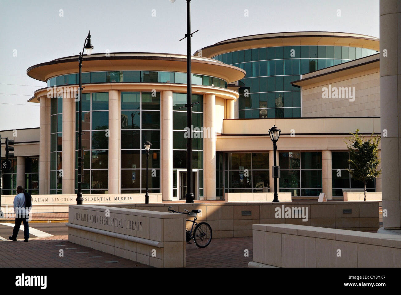 Springfield Illinois USA State Capital and home of the Lincoln Library and Museum.  Museum exterior. - Stock Image