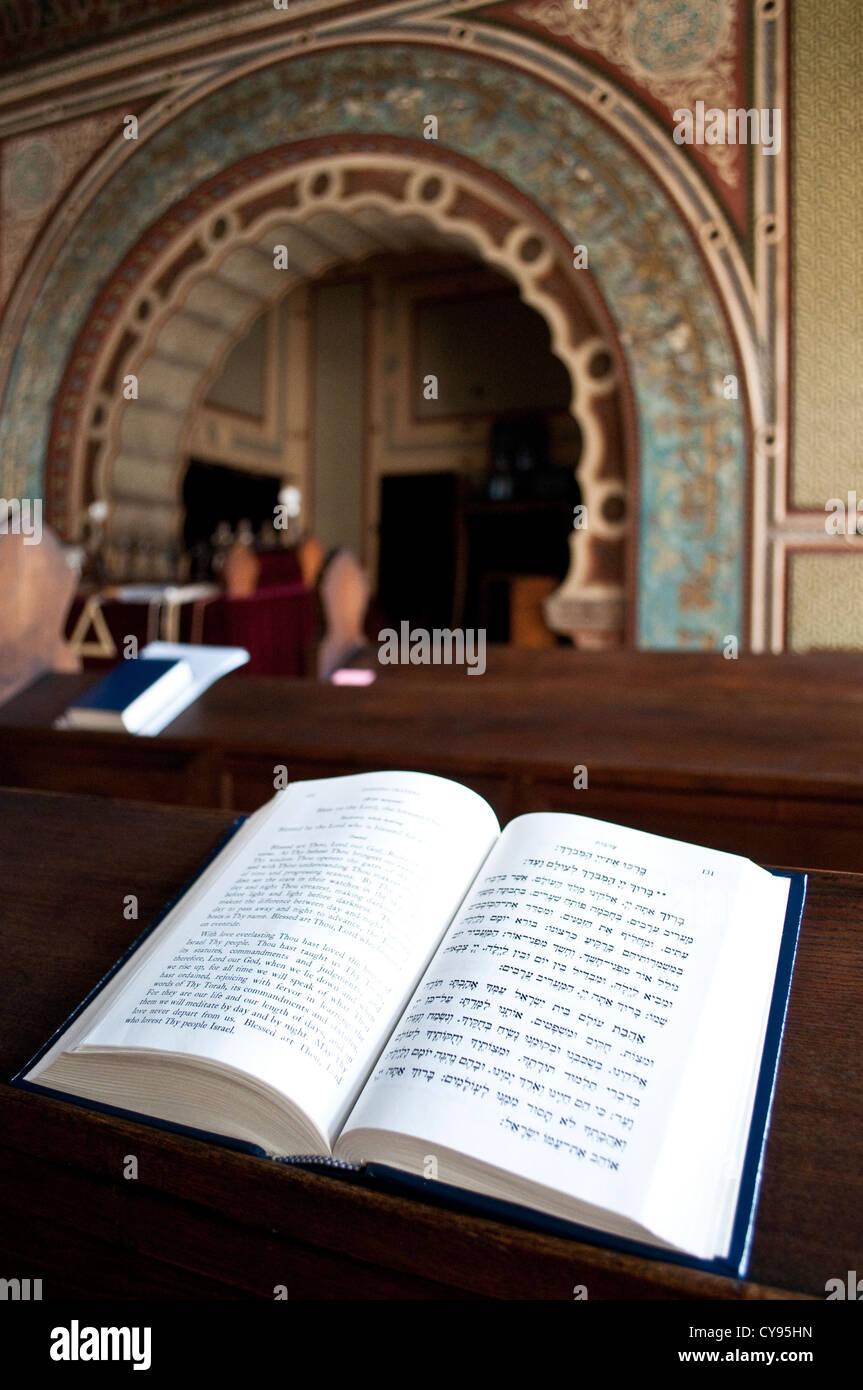 Holy book on a pew, Ashkenazi synagogue, Sarajevo, Bosnia and Herzegovina - Stock Image