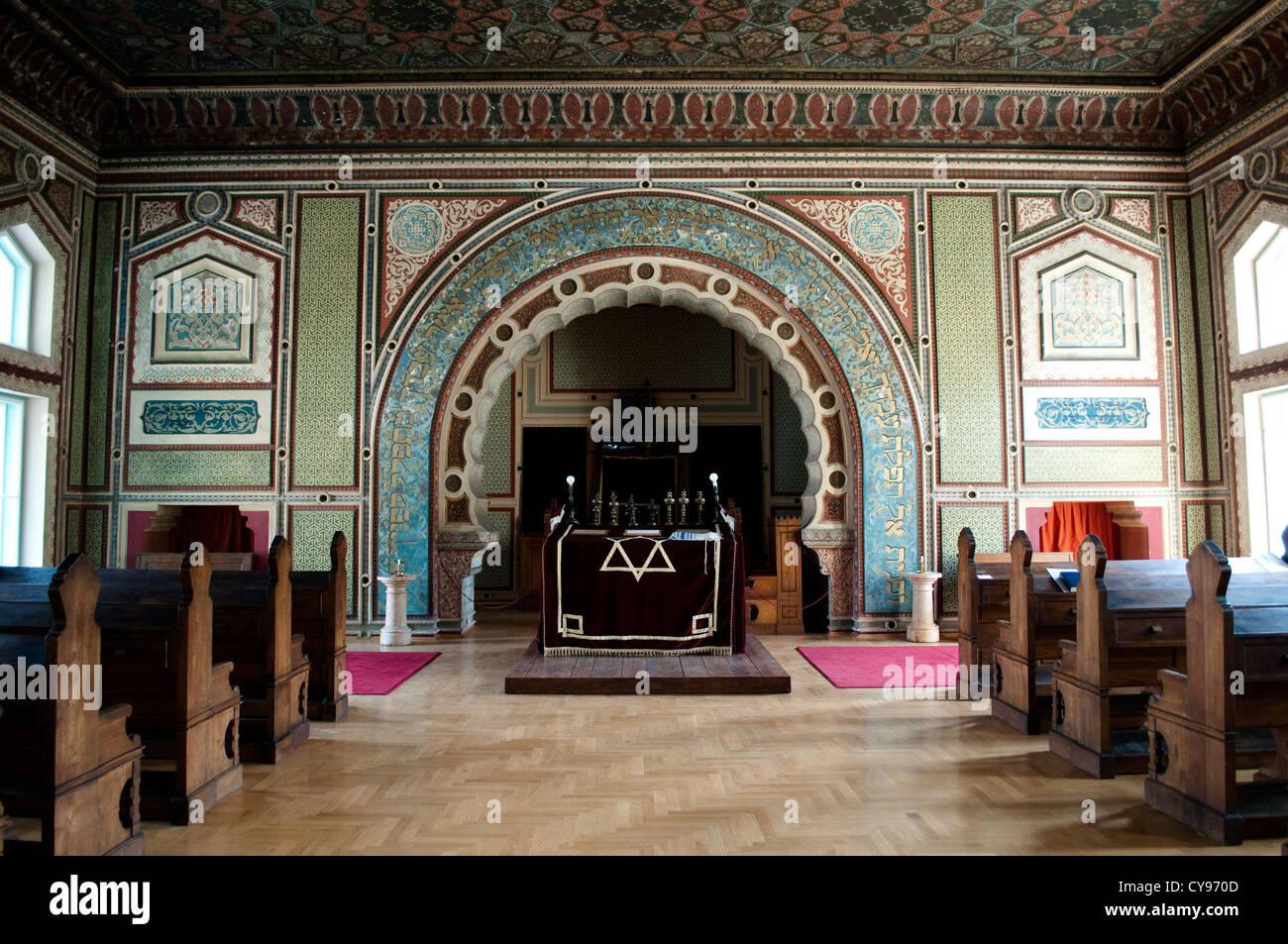 Altar, Ashkenazi synagogue, Sarajevo, Bosnia and Herzegovina - Stock Image