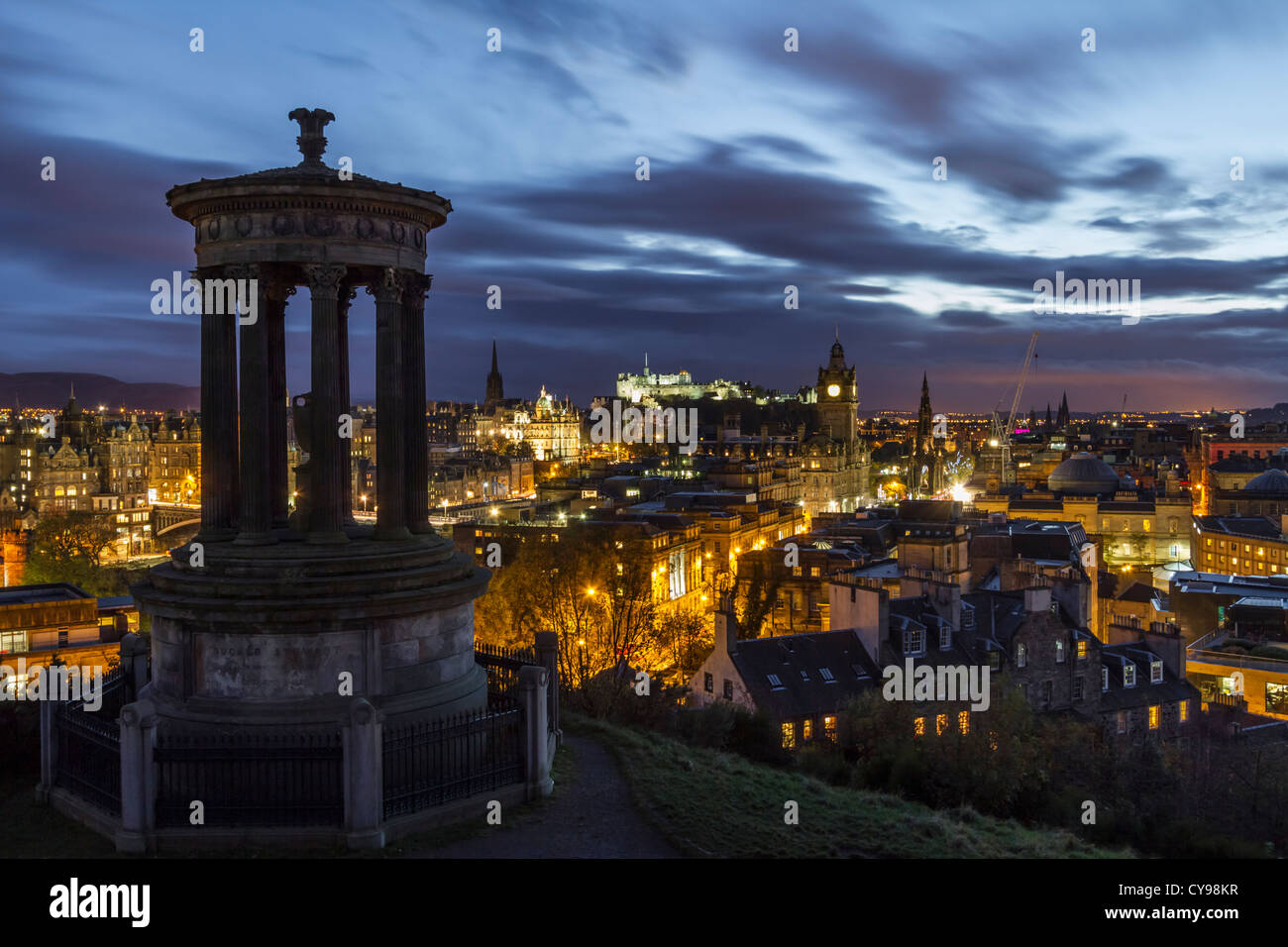 The view from Calton Hill across to the centre of Edinburgh at dusk on an autumn evening, Scotland Stock Photo