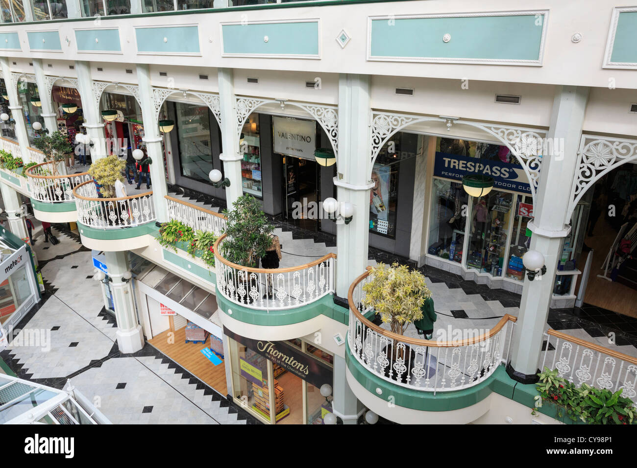 First floor balcony and shops inside St Stephen's Green Shopping Centre interior. Dublin, Southern Ireland, - Stock Image
