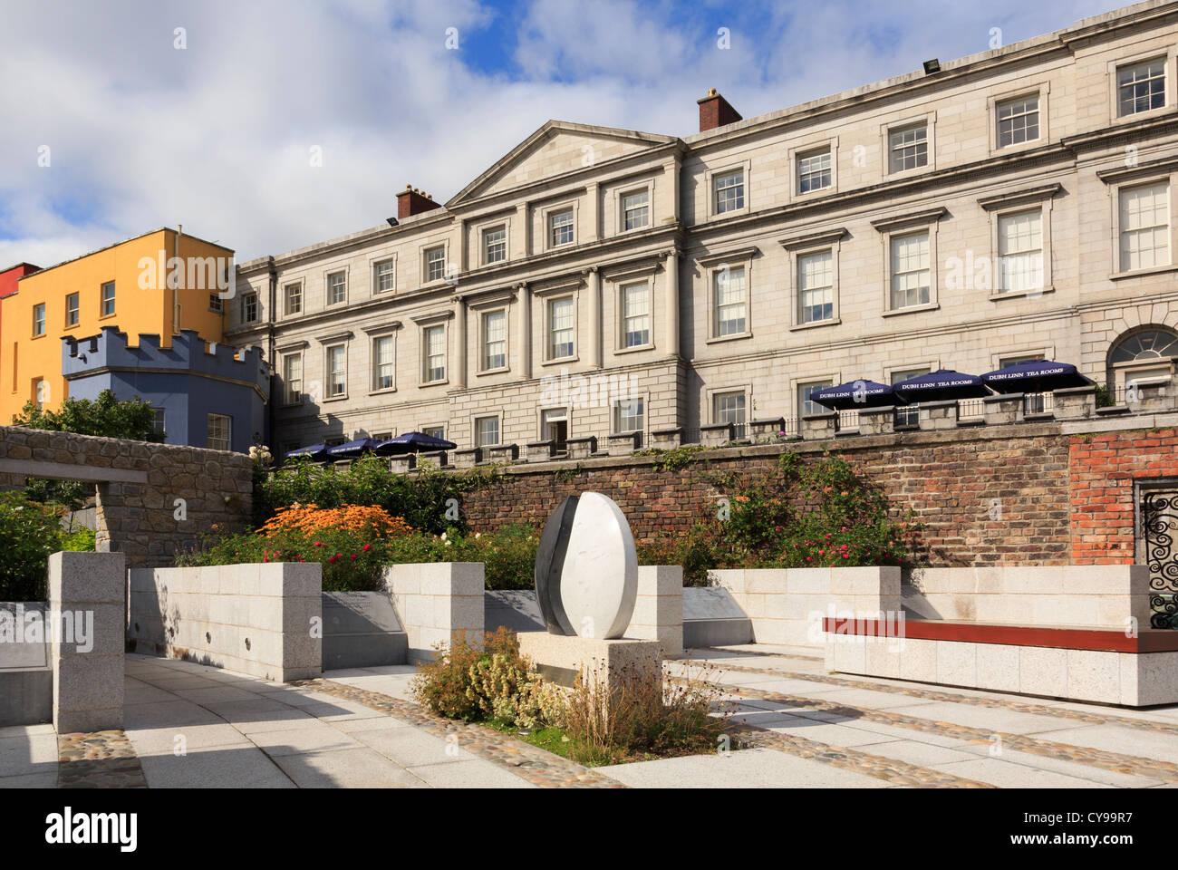 State Apartments of Dublin Castle from the Garda Memorial Garden in Dublin, Republic of Ireland, Eire. - Stock Image