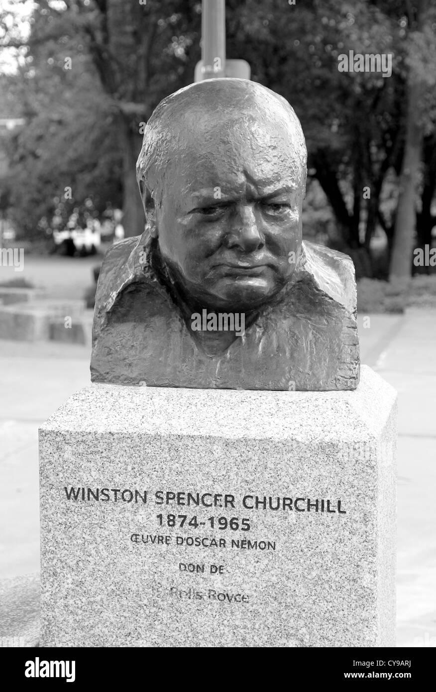 Winston Churchill Statue - Stock Image