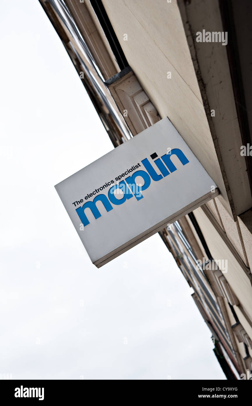 A Maplin electronics store sign - Stock Image