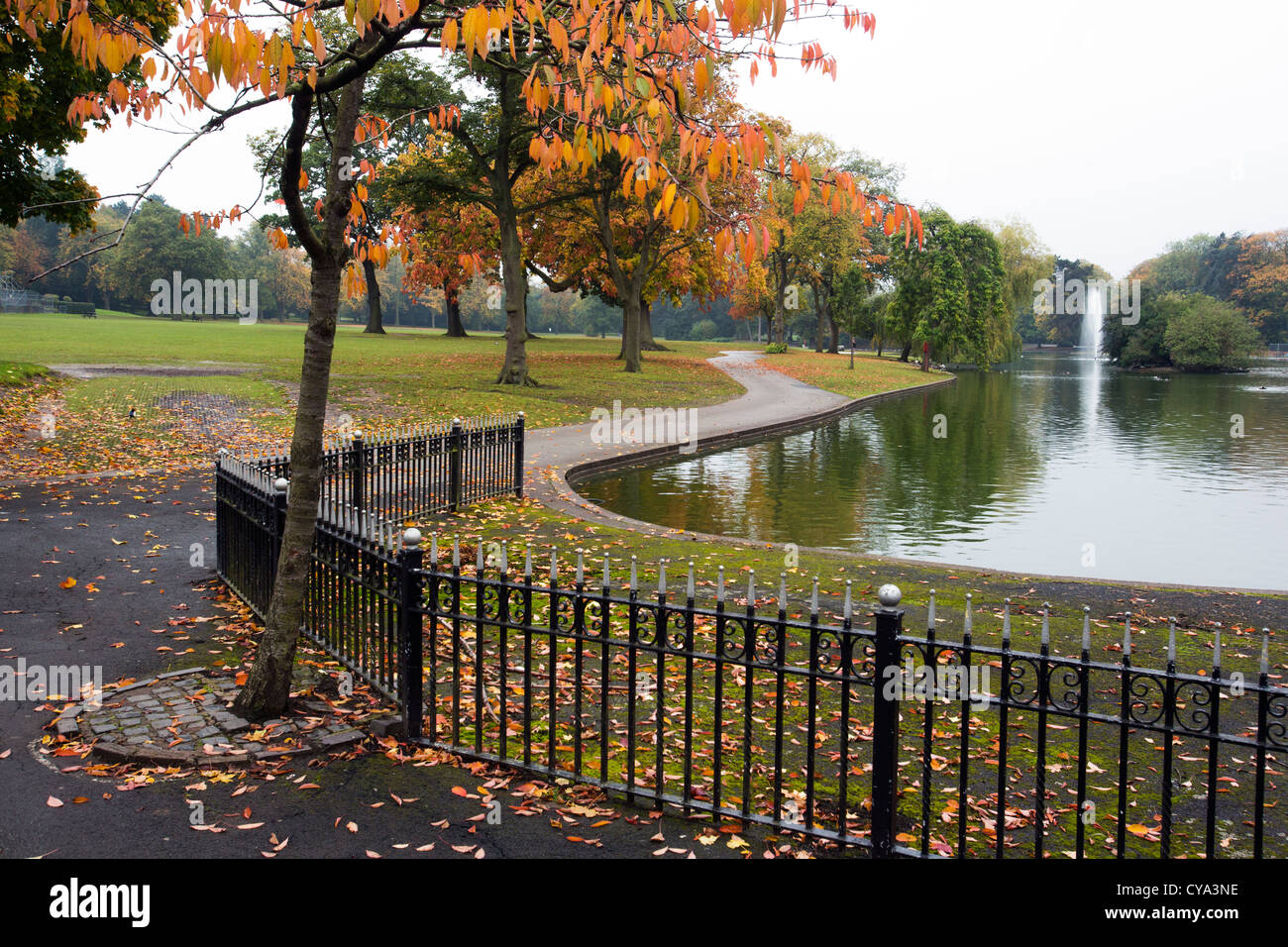 Winding Path Park Stock Photos & Winding Path Park Stock Images - Alamy