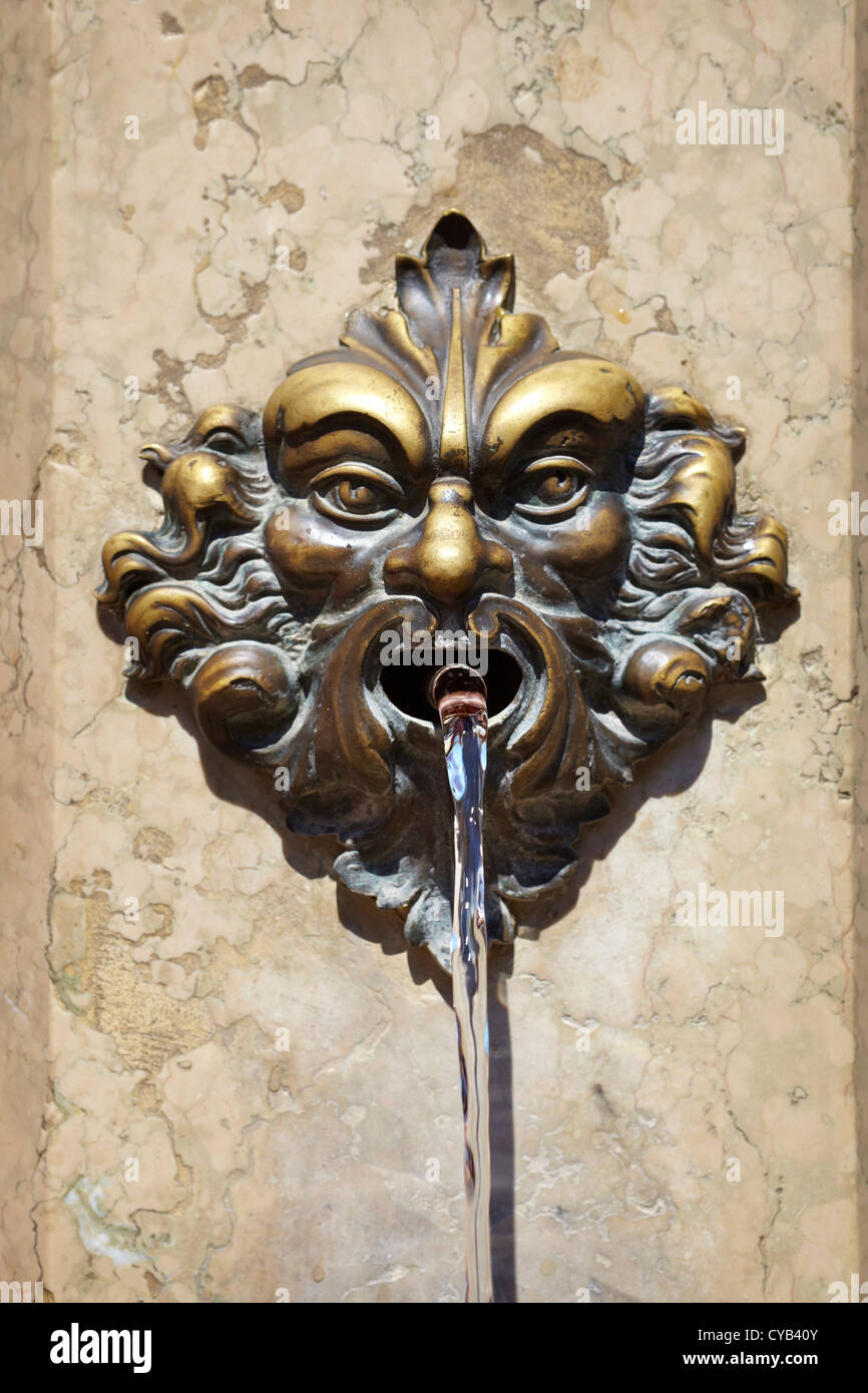 Gargoyle on a drinking fountain, close detail, Venice, Veneto, Italy, Europe, UNESCO - Stock Image