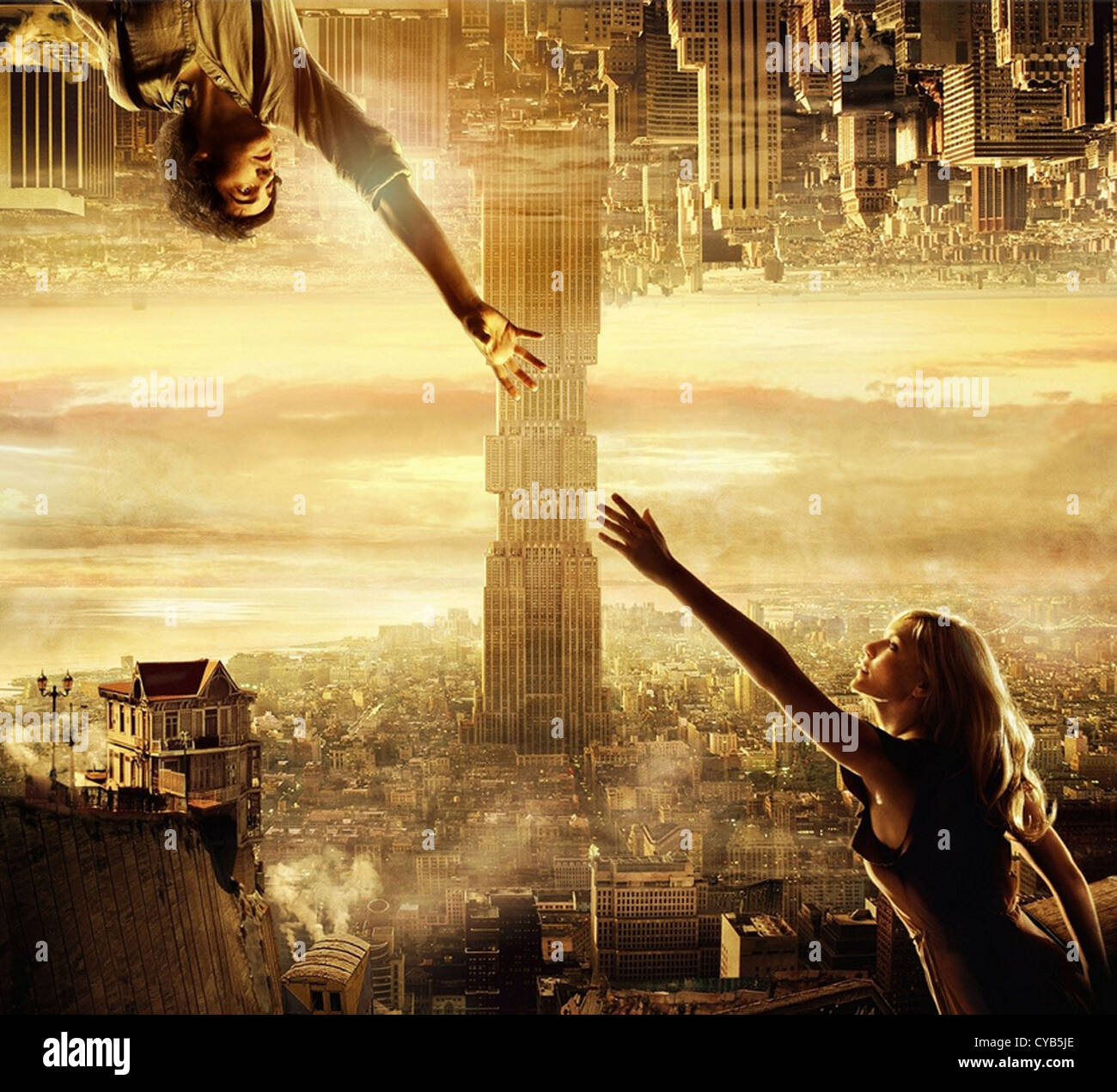 UPSIDE DOWN 2012 Millenium Entertainment film with Kirsten Dunst as Eden and Jim Sturgess as Adam - Stock Image