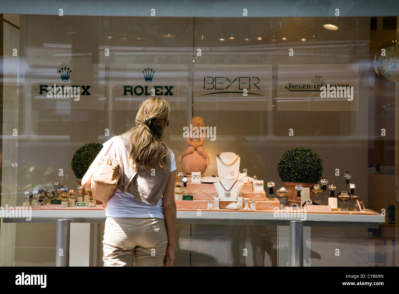 europe, switzerland, zurich, bahnhofstrasse, shopping - Stock Image