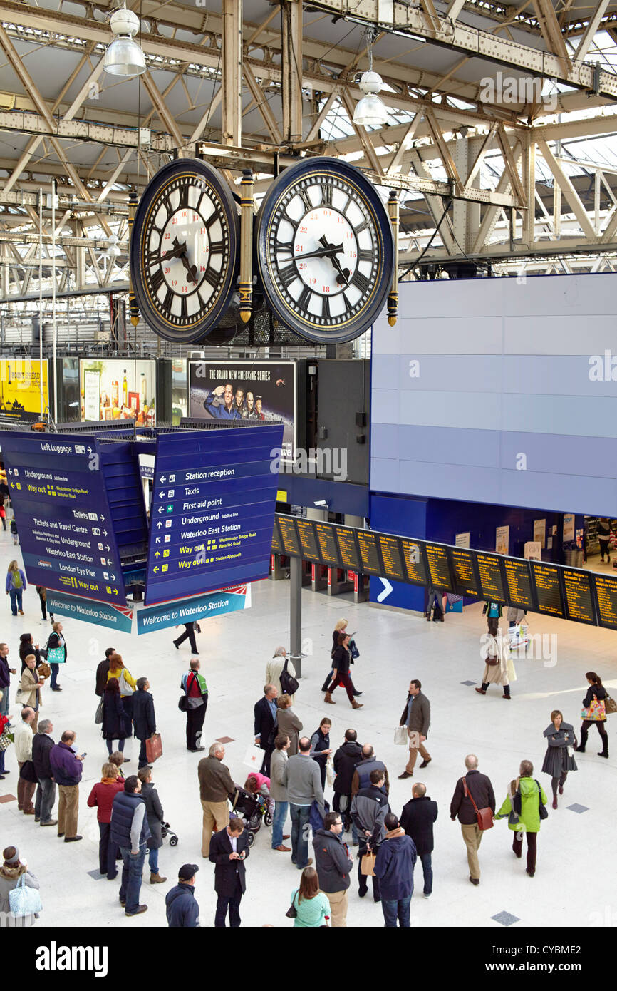 Waterloo Station clock and concourse - Stock Image