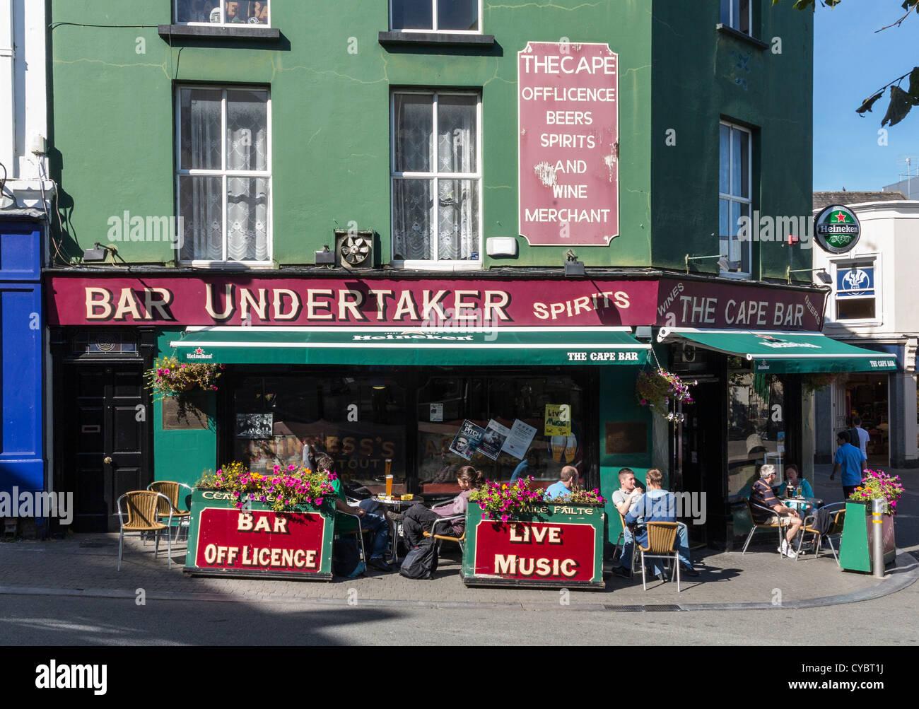 Irish bar / pub at Wexford town, Ireland - Stock Image