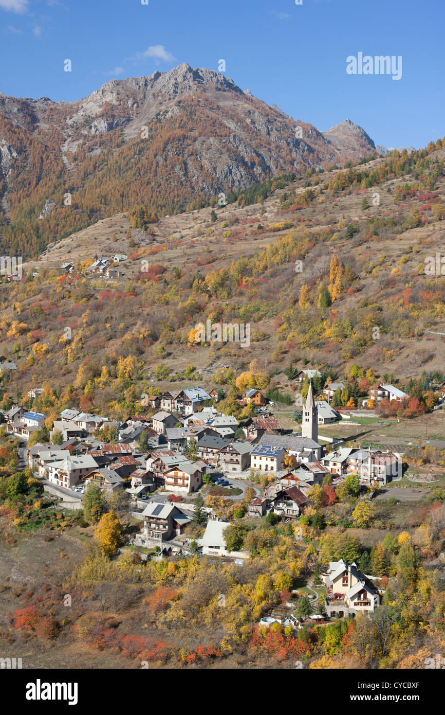 PUY-SAINT-ANDRE (aerial view). Small village above Briancon with striking fall colors. Hautes-Alpes, Durance Valley, - Stock Image