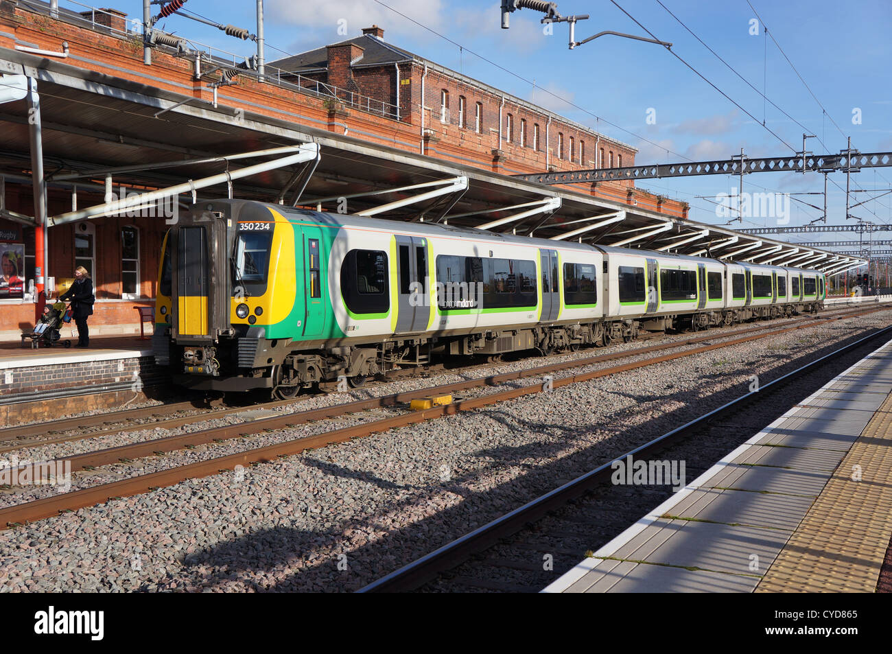 london midland train at Rugby station oct 2012 - Stock Image