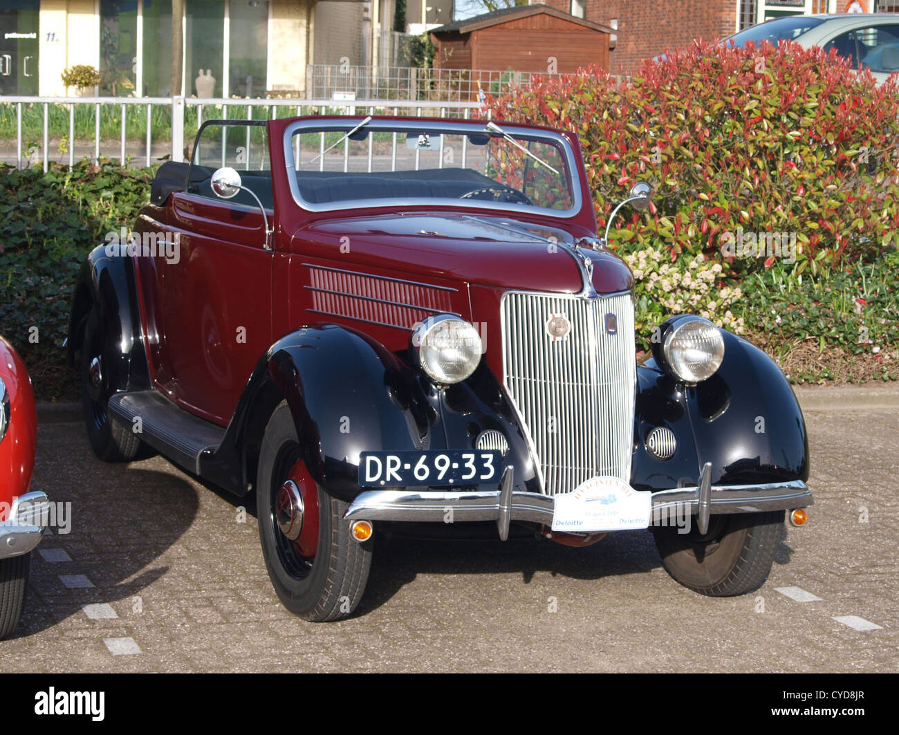 Old Classic Ford V8 Truck Stock Photos & Old Classic Ford V8 Truck ...