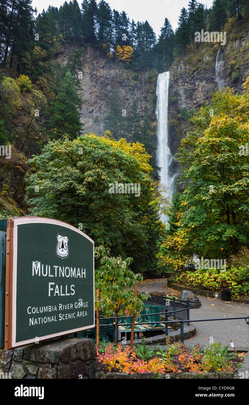 Multnomah Falls, Columbia River Gorge, Multnomah County, Oregon, USA - Stock Image