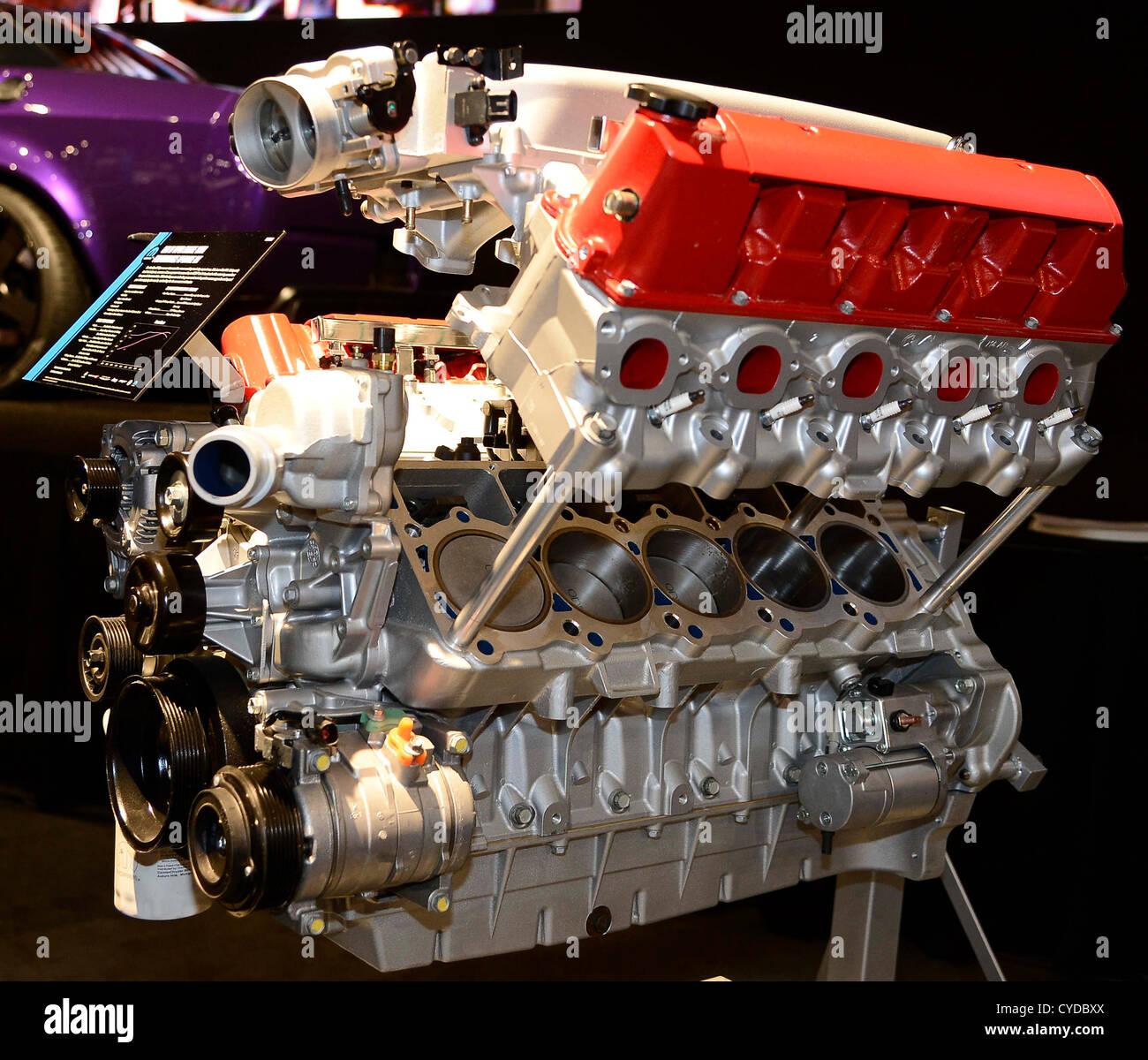Dodge Viper Engine Stock Photos & Dodge Viper Engine Stock