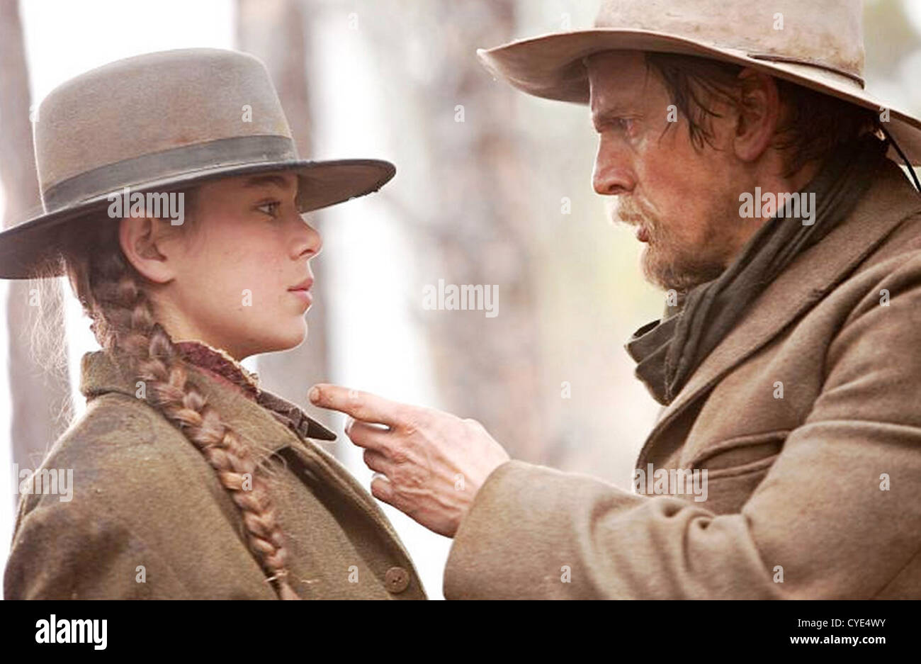 True Grit 2010 Paramount Pictures Film With Hailee Steinfeld And Stock Photo Alamy