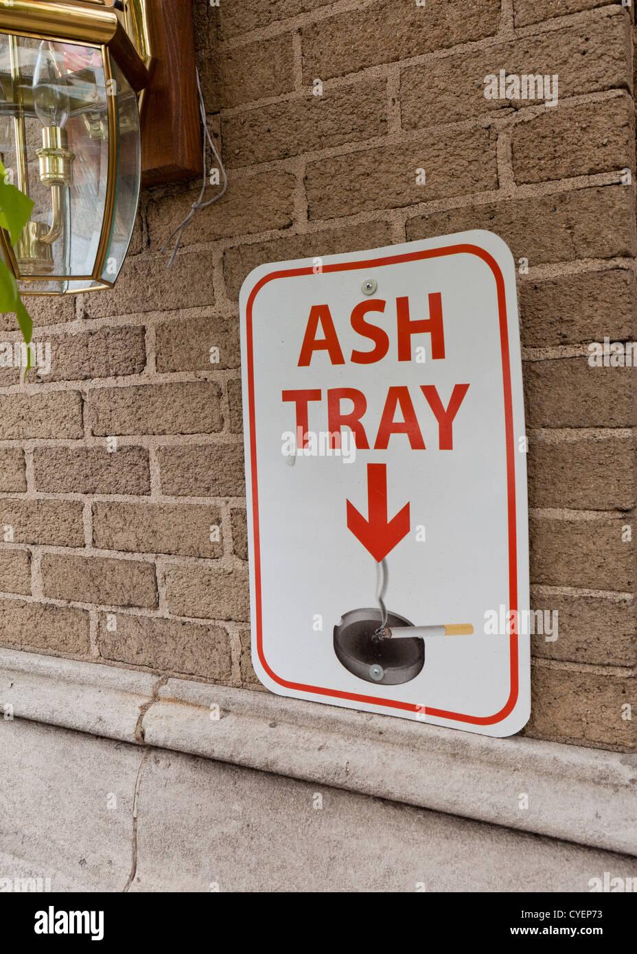 Ash tray sign - Stock Image