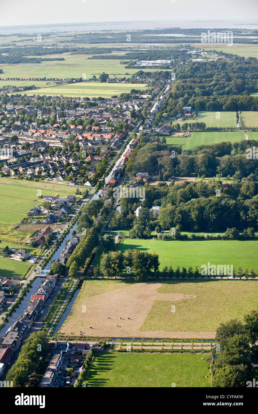 Left: view on village called Kortenhoef, right: the northern part of  the rural estate areas of 'S-Graveland. - Stock Image