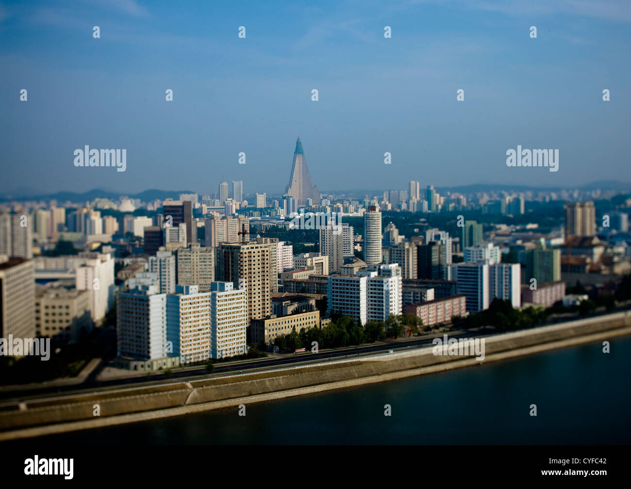 Kempinski Ryugyong Hotel, Hotel of Doom, Pyongyang, North Korea - Stock Image