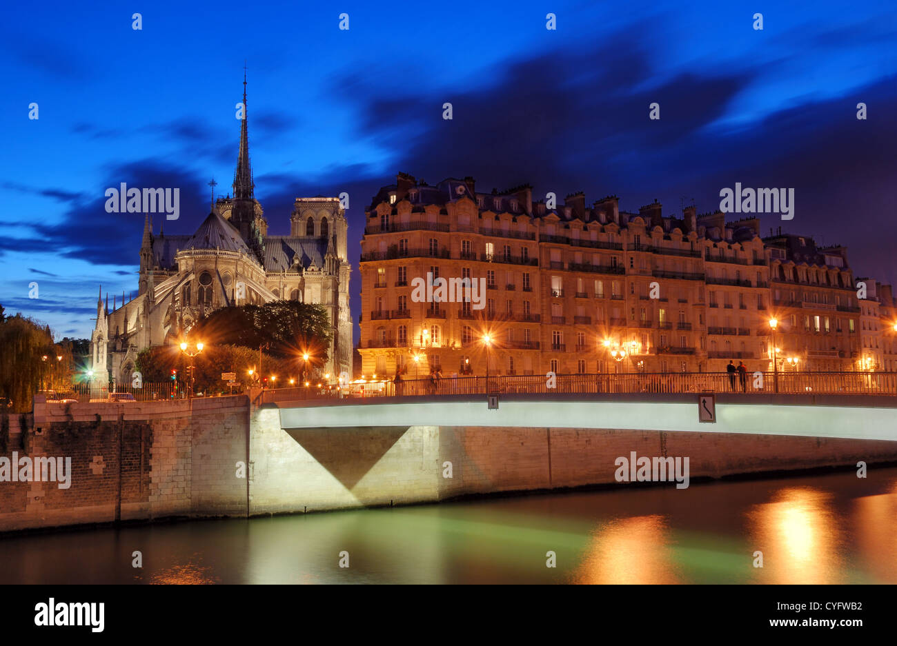 The Pont Saint-Louis, bridge across river Seine in Paris, France. - Stock Image