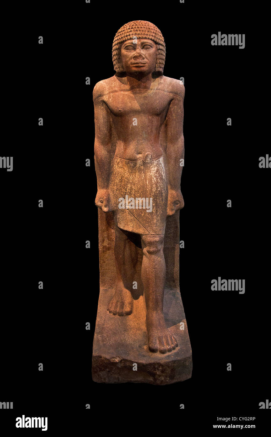 Forceful features developed musculature Striding Figure Dynasty 4 2575–2465 BC Egypt el Kab Elkab Eleithyaspolis - Stock Image