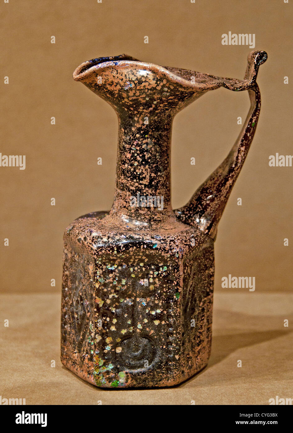 Hexagonal Jug 500–650 Byzantine Moulded glass 15 cm vessels made for Jews Christians pilgrims visiting holy sites - Stock Image