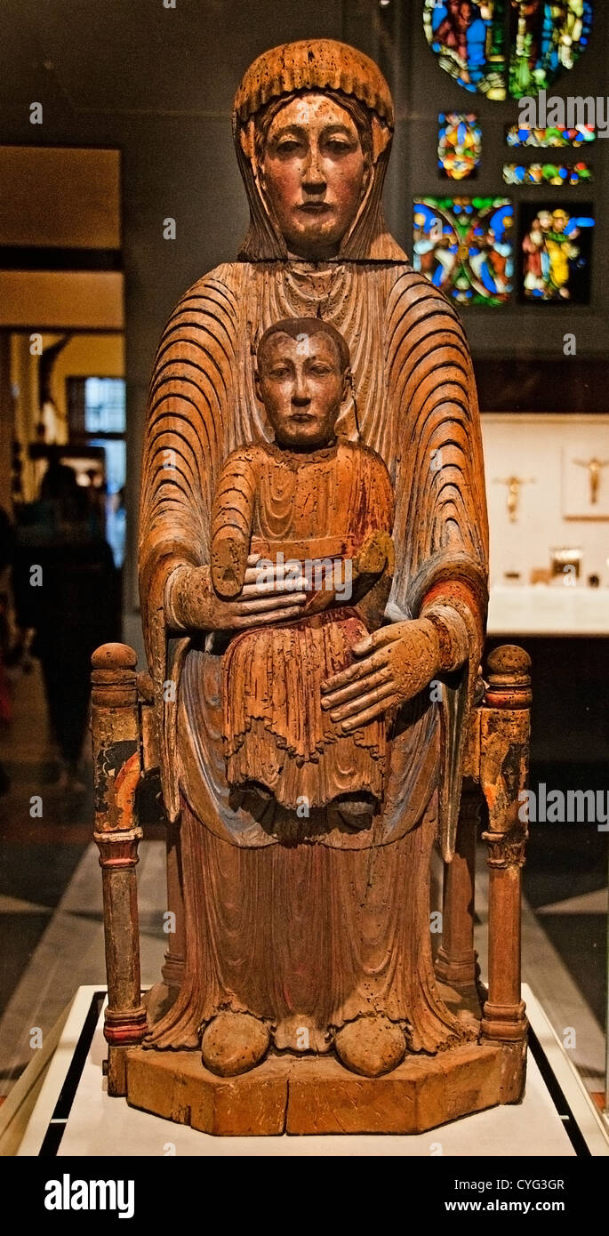 Virgin and Child in Majesty 1150–1200  Auvergne France French Walnut Wood 80 cm  Mary Jesus Christ - Stock Image
