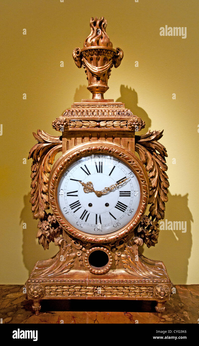 Mantle Clock Clockmaker Firm of Samuel Marti et Cie Paris dial and movement 1870 – 1890  French with Italian case - Stock Image