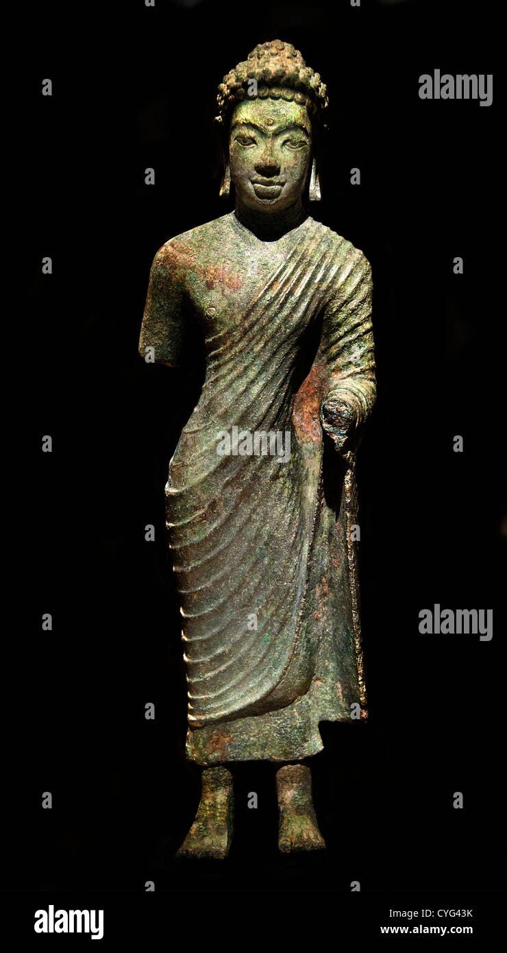 Standing Buddha 7th–8th century Indonesia Kalimantan Bronze 27 cm - Stock Image