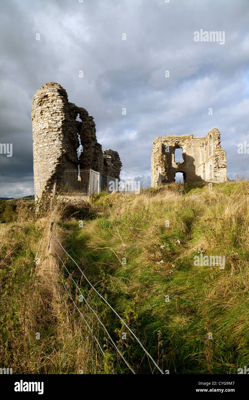 The ruins of the 11th Century Clun Castle owned by English Heritage, Clun, South Shropshire UK - Stock Image