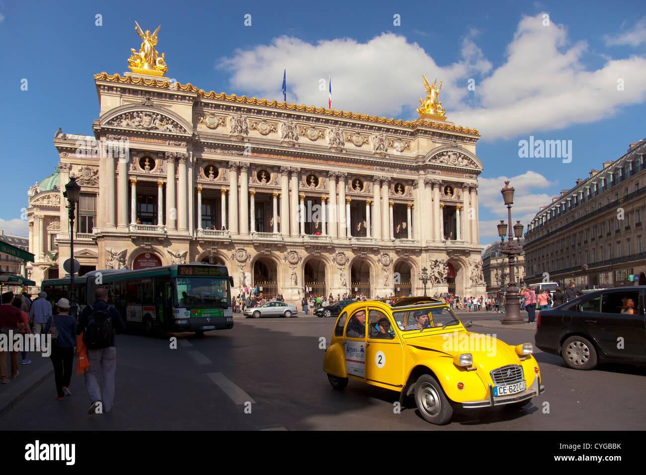 Opera Paris - Palais Garnier at place de l'opera - Stock Image