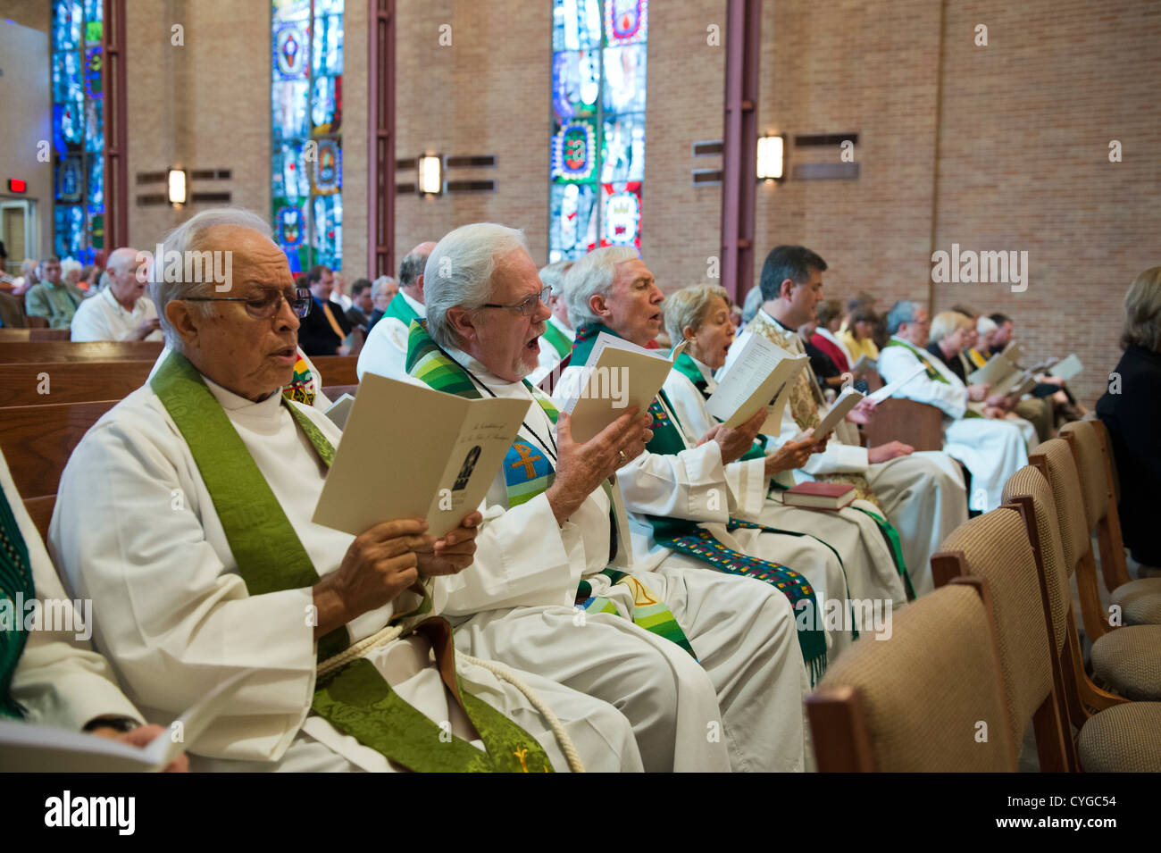 Lutheran clergy from central Texas gather as Rev. Peder Sandager is installed as senior pastor at St. Martin's - Stock Image