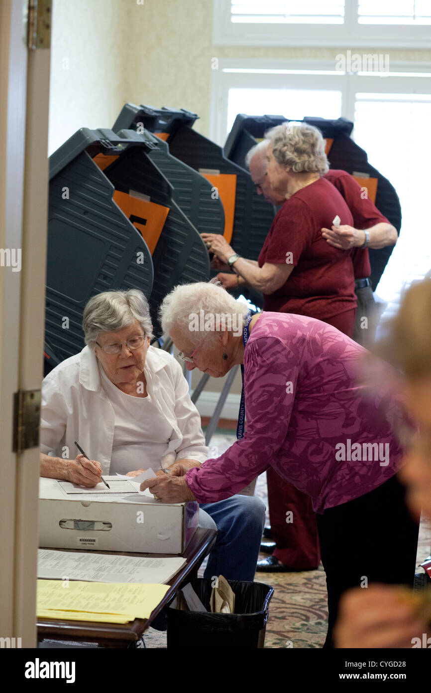 Senior citizens participate in early voting at an assisted living center in Austin TX in advance of the Nov. 6 general - Stock Image