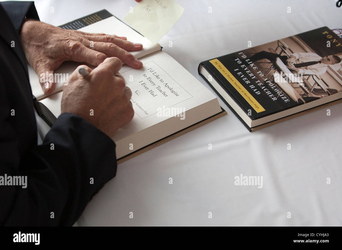 Actor and author Tony Danza signs a copy of his book  I'd Like to Apologize to Every Teacher I Ever Had in Texas - Stock Image