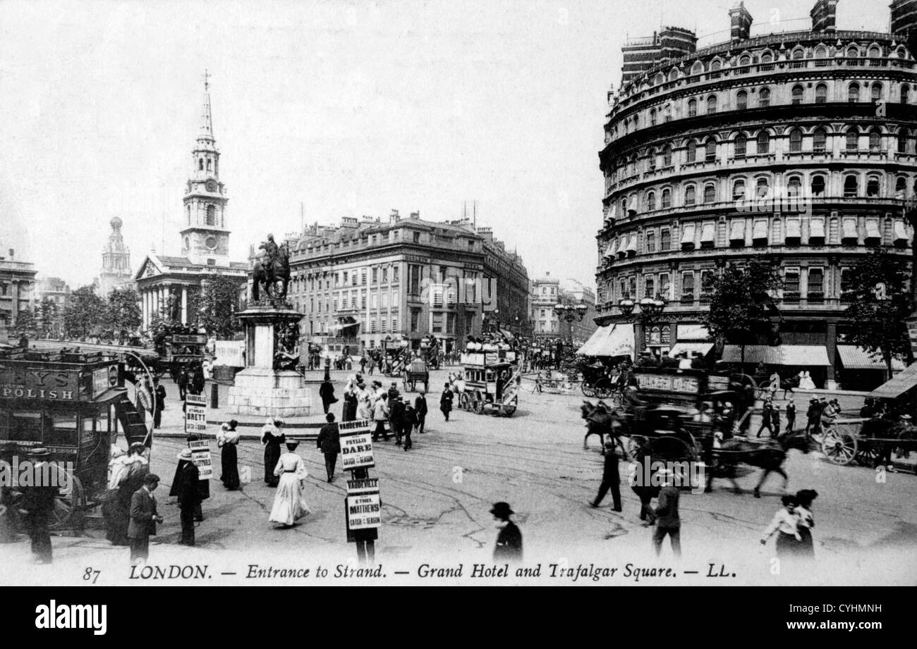 London street 1900s Trafalgar Square The church of St Martins in the Field. In centre The Strand, - The Grand Hotel. - Stock Image