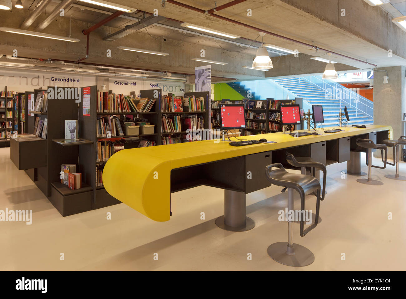 Communal Desk Stock Photos Communal Desk Stock Images Alamy - Communal work table