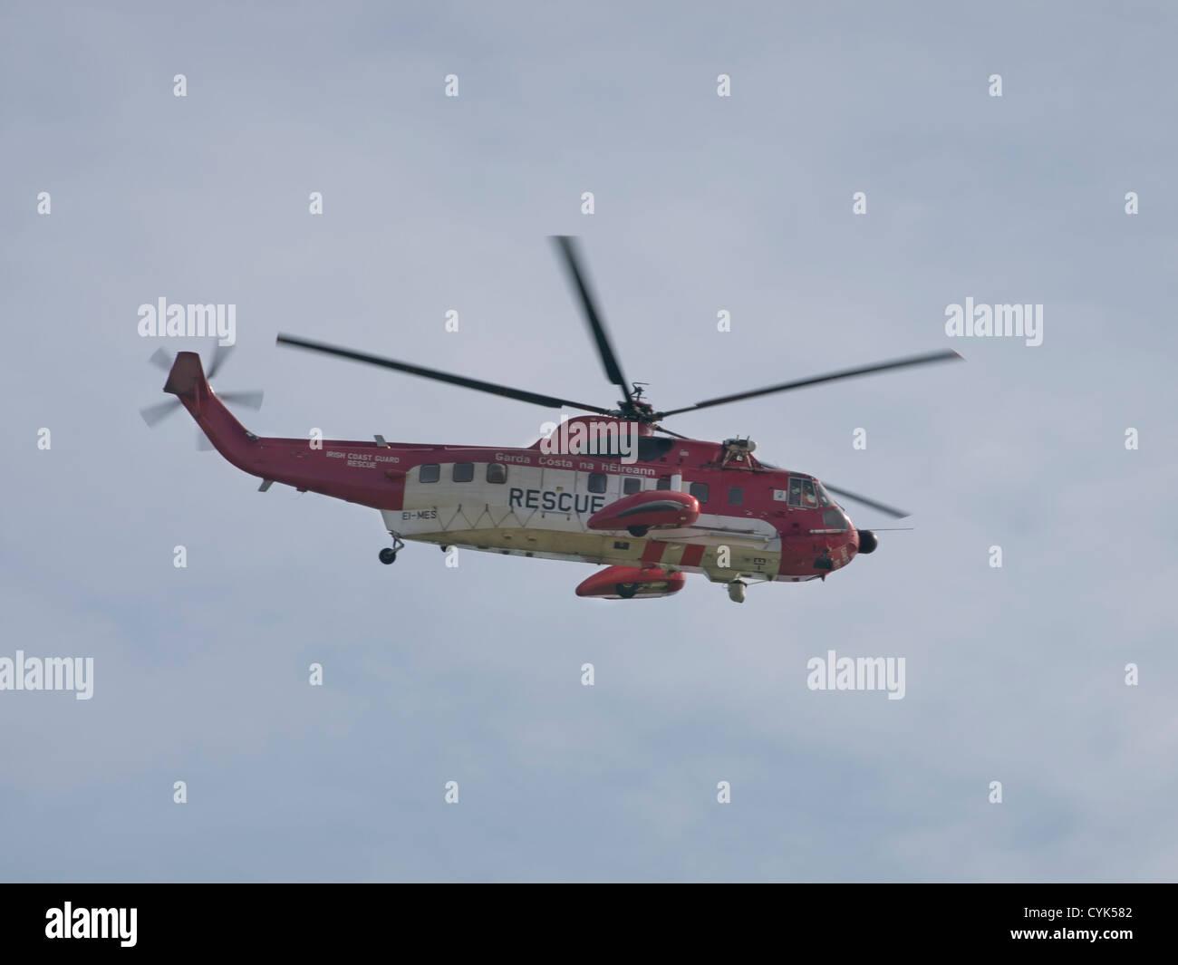 Bray to Greystones, cliff walk. Irish coast  guard helicopter at work - Stock Image