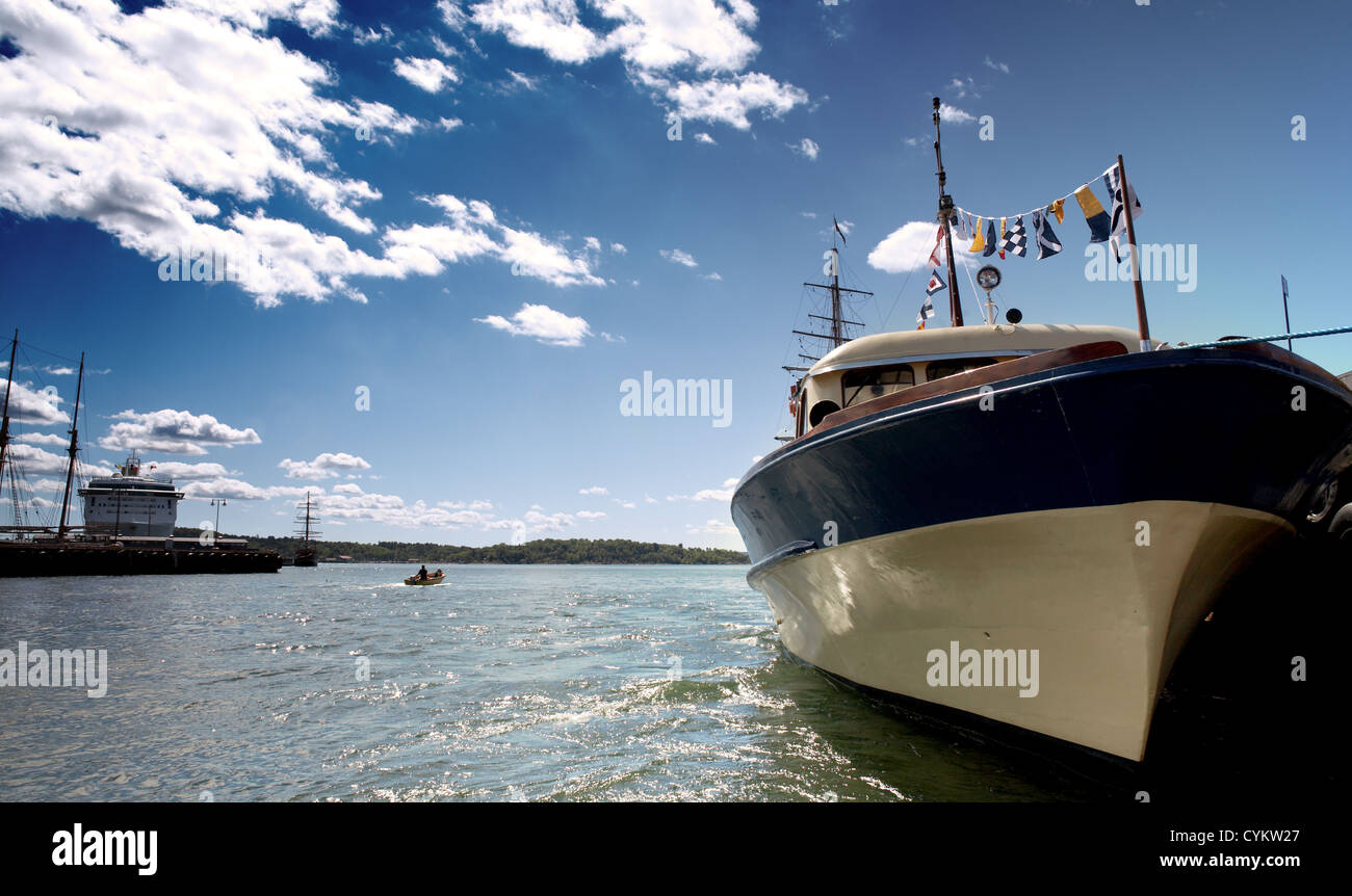 wideangle shot of ship in Oslo harbour - Stock Image