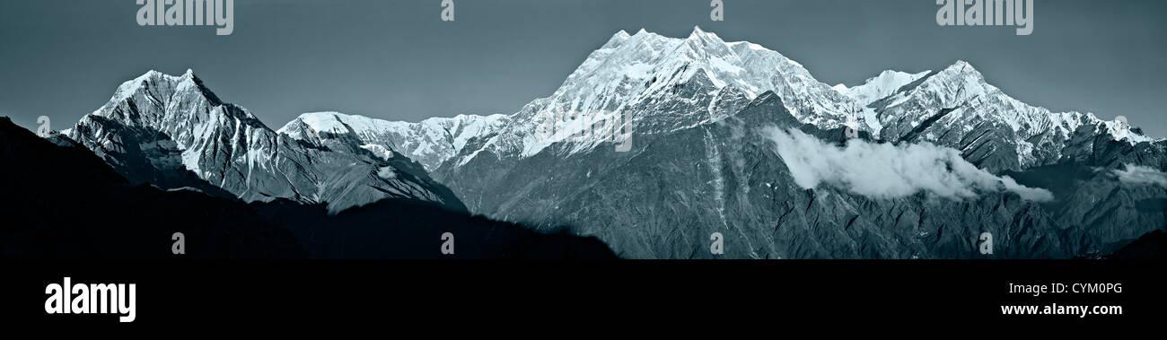 The Annapurna Range in the Nepal Himalaya seen from the Thulobugin Ridge - Stock Image