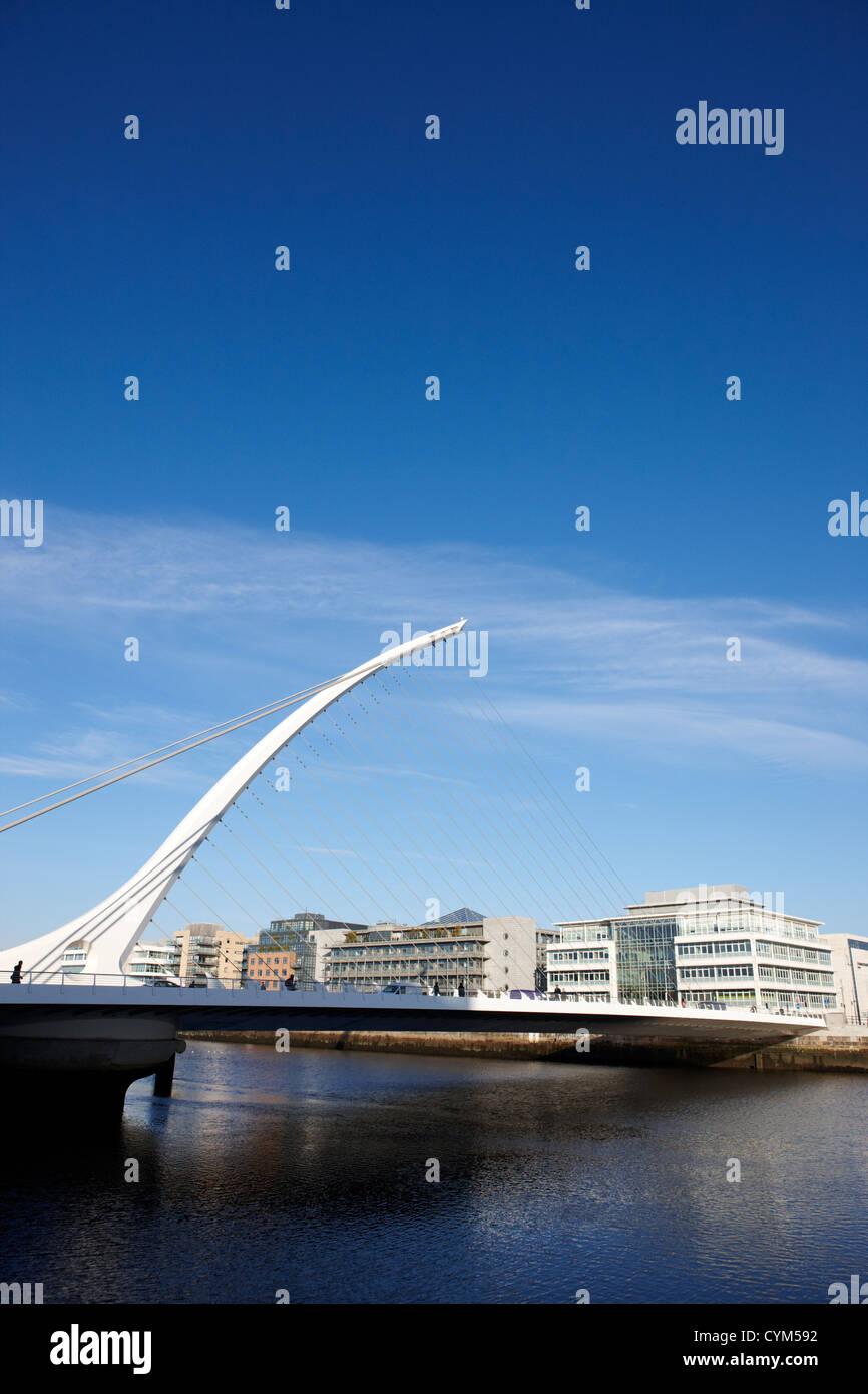 view of the samuel beckett bridge over the river liffey dublin republic of ireland Stock Photo